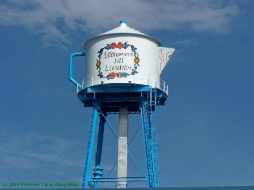 Lindstrom-MN-water-tower